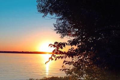 Sunset at the Mississippi - Nauvoo Illinois, 2010