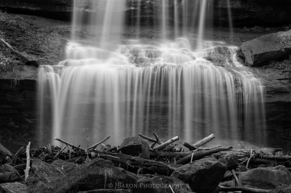 Quakertown Falls 8517 Monochrome