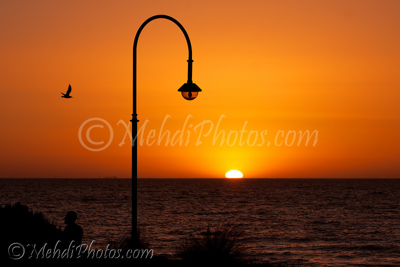 The last sunset of 2010 as seen from St Kilda beach, Melbourne (31 DEC 2010).