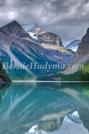 Kinney Lake_ Mt.Robson Park _a021832_pxt