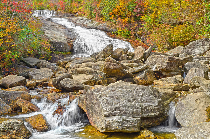 Autumn at Graveyard Fields Lower Waterfall