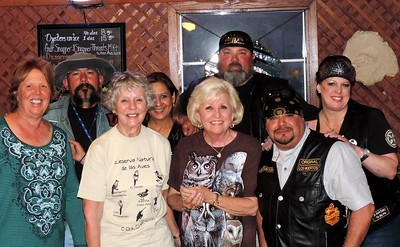 Shorty, Meatball and his crew at Blackbeards