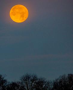 Dec-2016-setting-moon-1-4