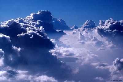 Dramatic view of clouds during flight from Japan to Hong Kong - 5