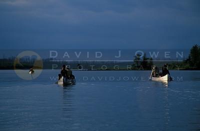 15442 Canoes on Kawnipi Lake
