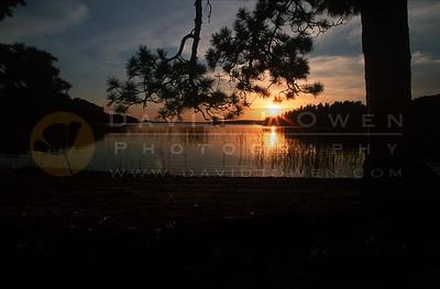15484V Sturgeon Lake sunset