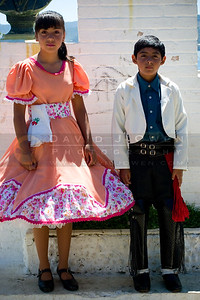 010608-075 Joven bailadores de Amargos