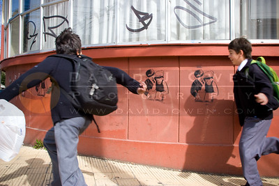 041408-007 Blindfolded students graffiti