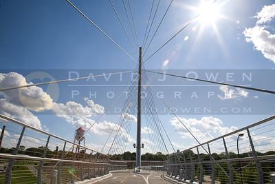 20080615-006 Suspension bridge over Hiawatha