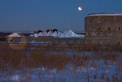 030307-044 Lunar eclipse & Ft Snelling