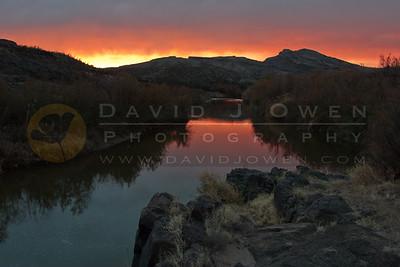 011407-015-2 Rio Grande sunset