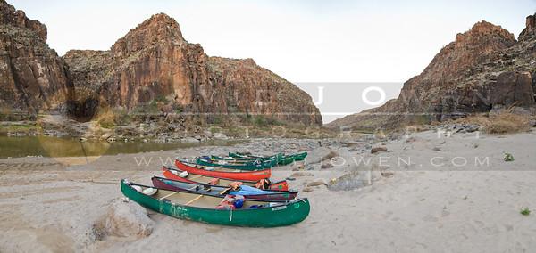 20090224-023 Closed Canyon boat pano