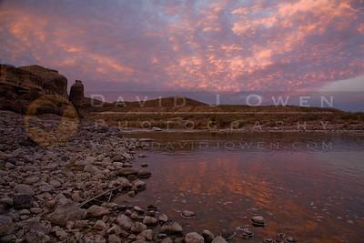 20090215-004 Hoodoos sunrise