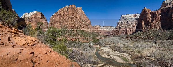 20090314-083 Middle Emerald Pools trail pano 1