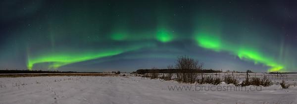 102 Amazing Aurora Arch Panorama