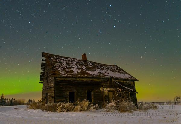 115 Abandoned Farmhouse Aurora Borealis