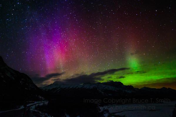 5 Amazing Mountain Aurora Borealis