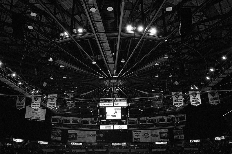 Vancouver Giants vs Prince George Cougars, October 16, 2009. Giants win 8-0.
