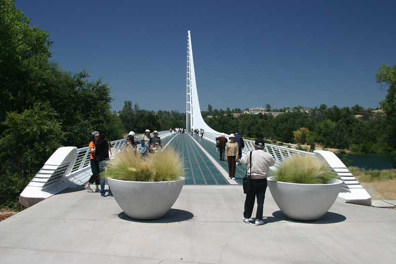 01a Sundial Bridge 5654