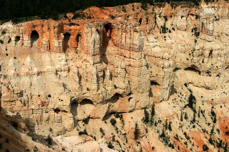 15a BP 03 Wall of Windowsn2531