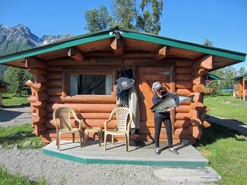 This was Bobbi and Bill's cabin. Of the 4 of us, only Bobbi went fishing.  She caught several salmon, which are growing in size each time her fishing story gets repeated :-)