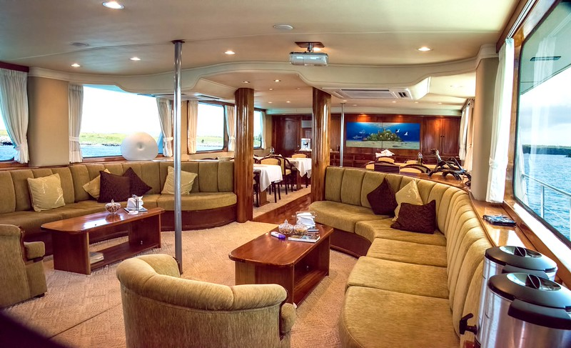 This is the main salon.  The lounge and bar are in the front; dining room in the back.