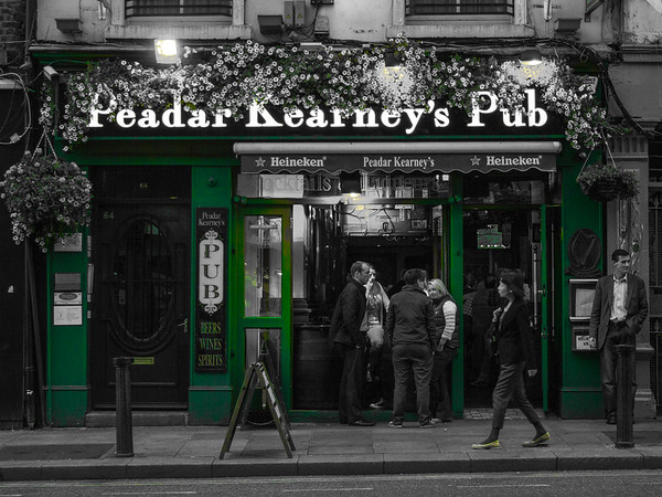 Dublin - Peader kearney's Pub - BW with selective color - Irish Green - 2