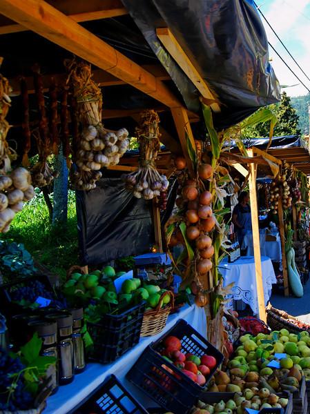 Feira da Fruta - Rossas - Arouca, Aveiro, Portugal