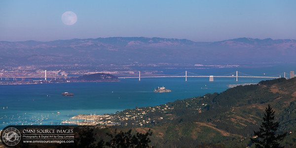 """""""Super-Moon"""" rising over the East Bay during Galactic's set!"""