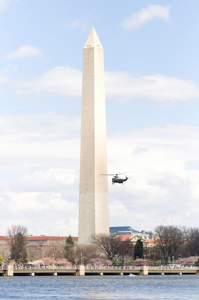 March 29, 2009 Marine One going in for a landing.