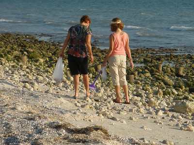 Vadis and Charlotte Sarafolean searching for shells on Honeymoon Island