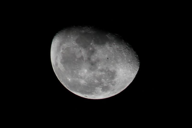 Moon 2-22-11