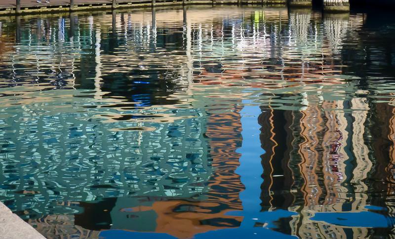 Floating City<br /> (IMG_126pl)