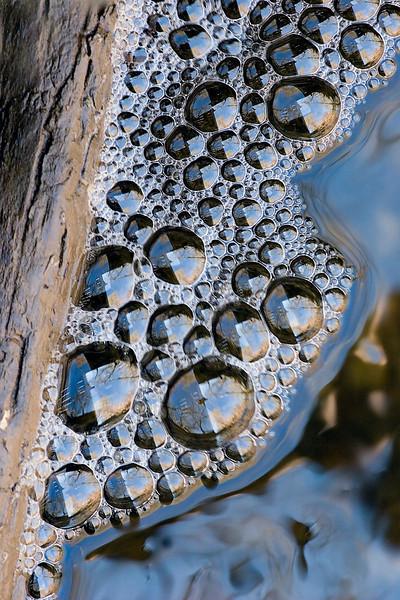 Stream bubbles 4