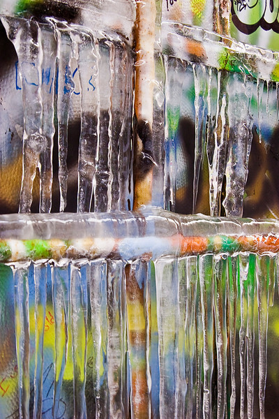 Graffiti icicles 1
