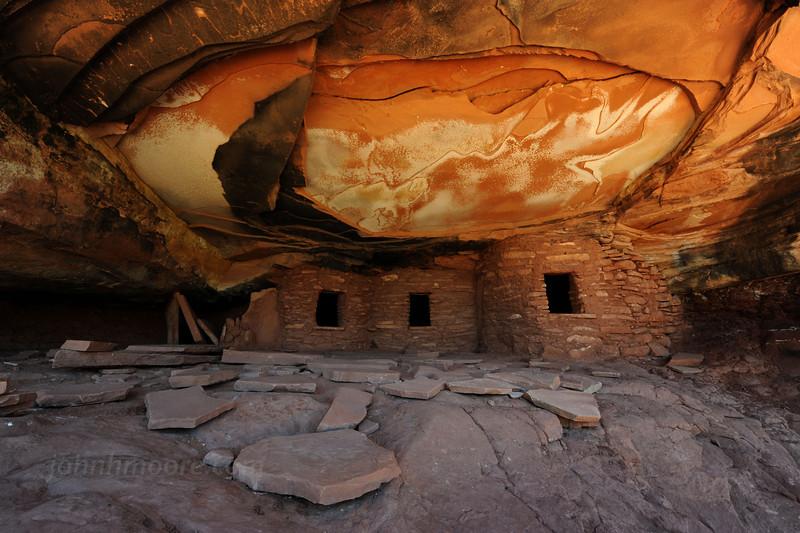 Fallen Roof House -- an Ancient Puebloan (Anasazi) ruin (horizontal)
