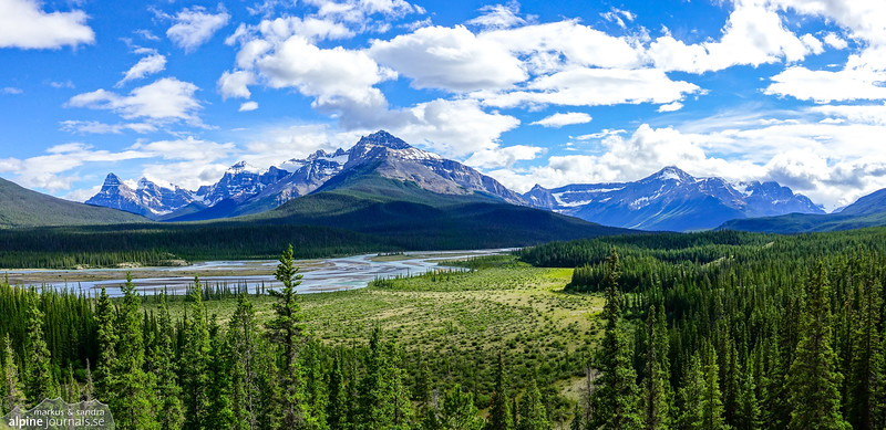 North Saskatchewan River, just south of Saskatchewan Crossing, Icefields Parkway.