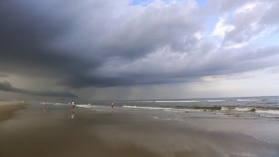 Storming © Shawna Seto 2012