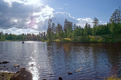 Wide angle view of Little Bear Lake near Pinetop, AZ (ND70_2005-10-14DSC_1937-LittleBearLakeSunWideVIew-nice-3 copy.jpg)