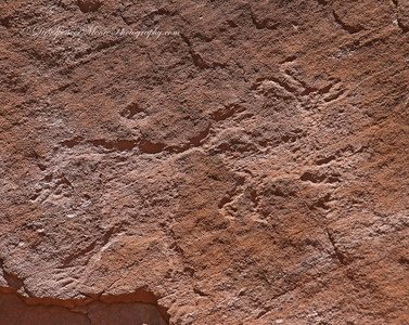 Indian petroglyphs on Canyon de Chelly walls. This is a man catching a big horned sheep from behind. Not sure what he was going to do with it after he caught it. Our Zuni guide told us, but then again he told us so many stories I can't remember all the details.