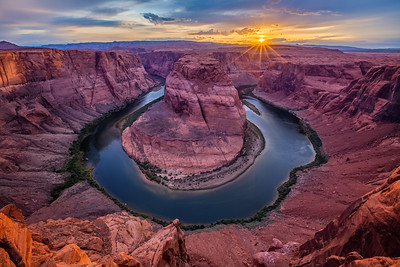 Horseshoe Bend in Page Arizona (Sunset)