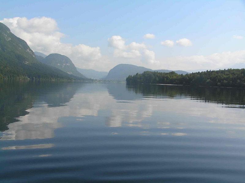 Bohinj wave ripple from canoe Sept 2005