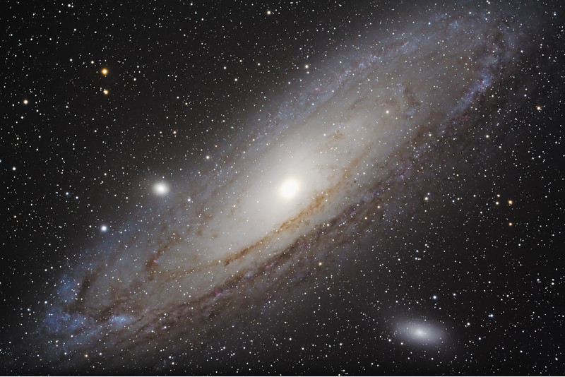 "M31 Andromeda Galaxy<br /> September 2009<br /> 7"" Mak-Newt, CGE mount, Modified Canon XS, 8 x 480"