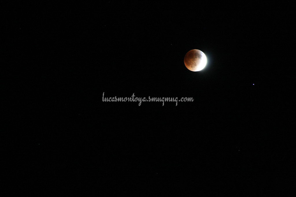 2014-04-15 Lunar Eclipse; about 2/3 into full eclipse. Spica is star on lower right of moon