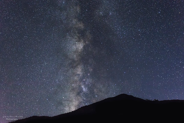 Milkyway rising over the Sierra Nevada