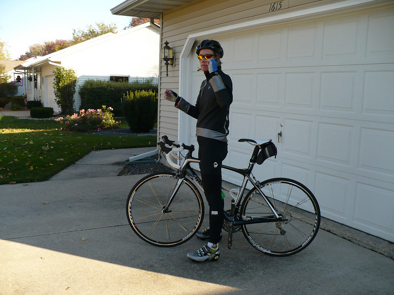 Ugly green water bottle - check. Bike shoes - check. Sunglasses - check. Finally, I get to ride my new bike!
