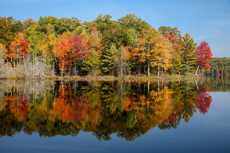 Autumn at Beautiful Frank Lake 6