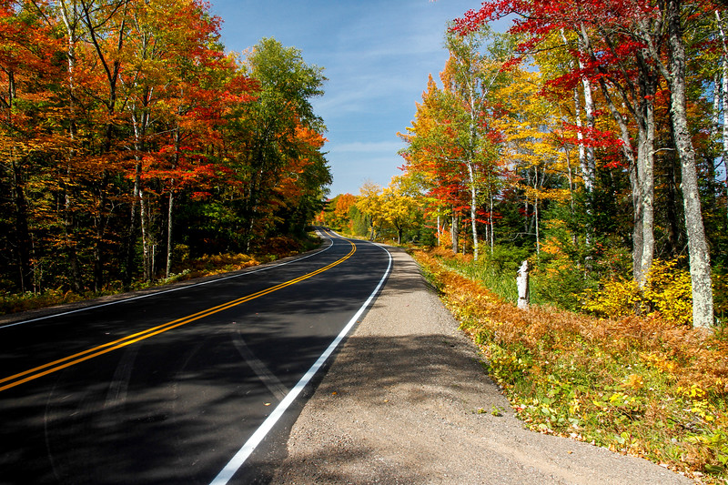 Beautiful Autumn Roads - Hwy B 2