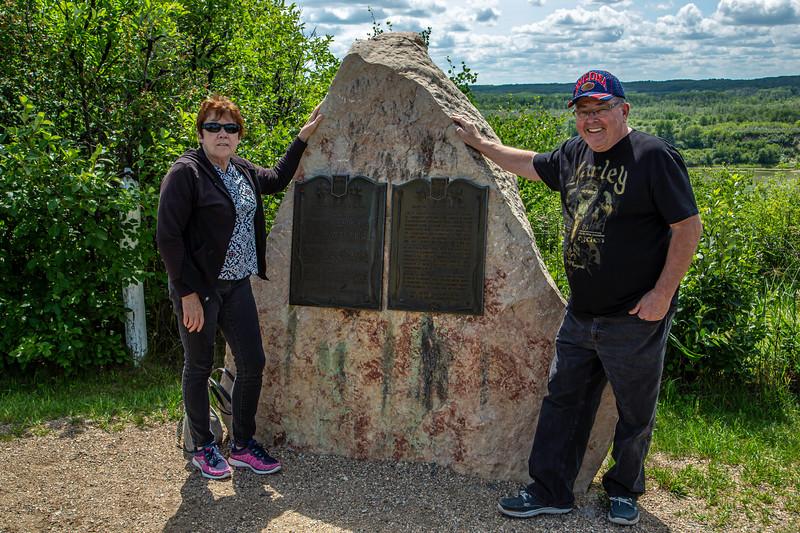 Jim and Elly-Batoche 2019_V9A7285