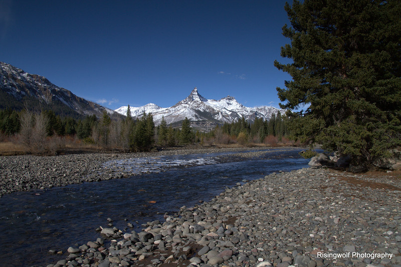 Pilot and Index peaks along the Clarks Fork of the Yellowstone River